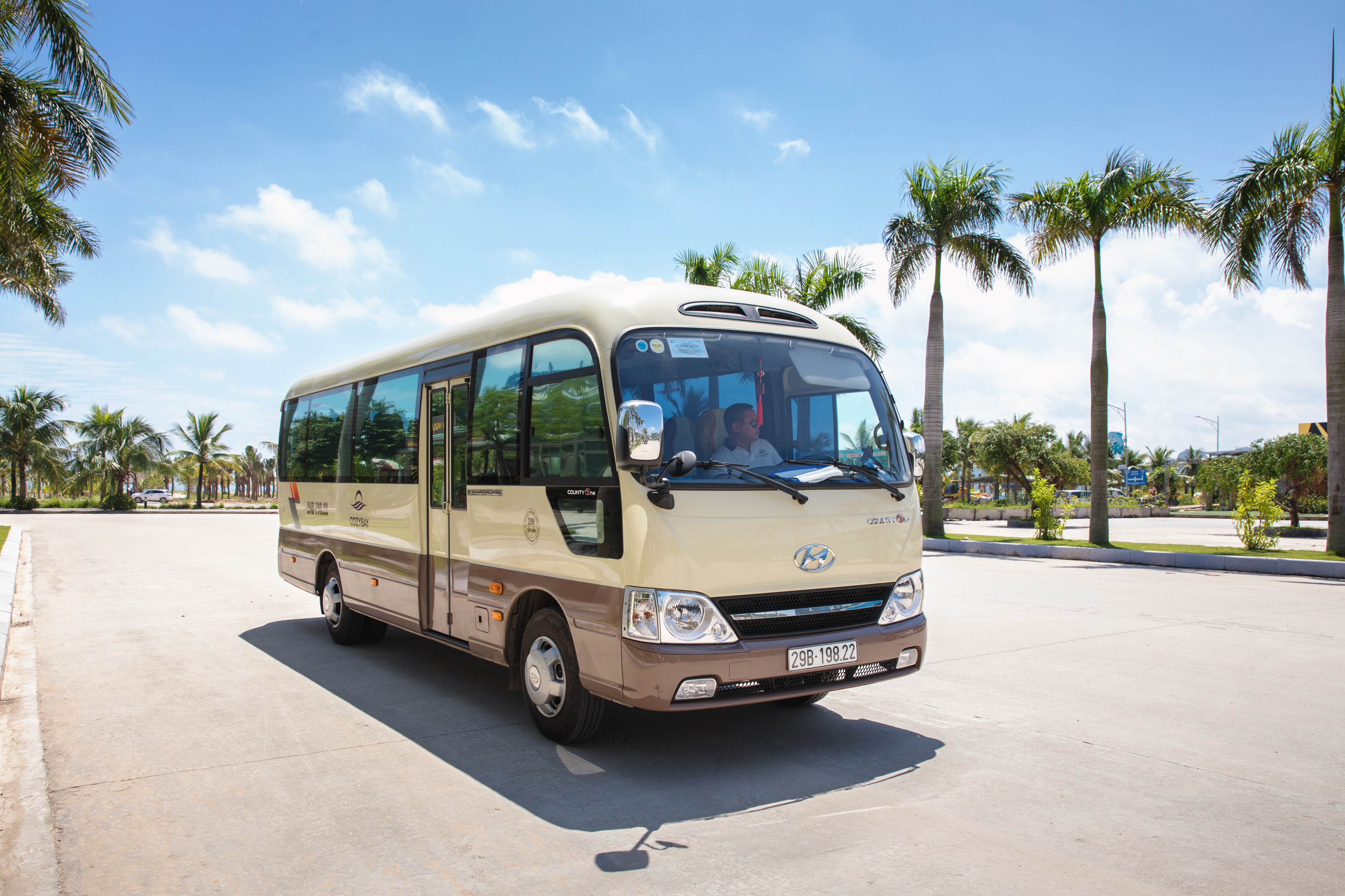 Cozy Bay Cruise, halong bay shuttle bus
