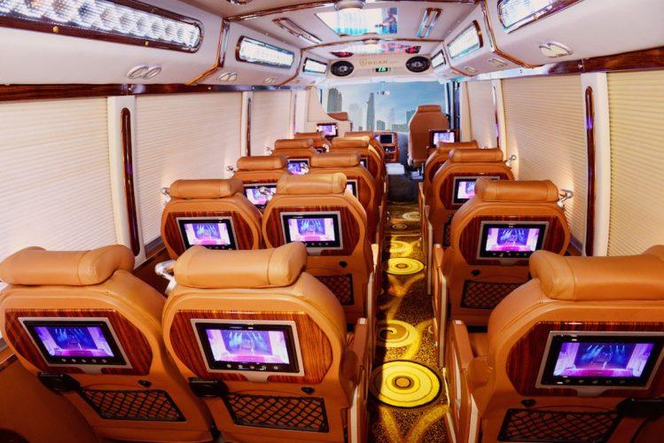 Hanoi to Sapa Limousine Pumkin