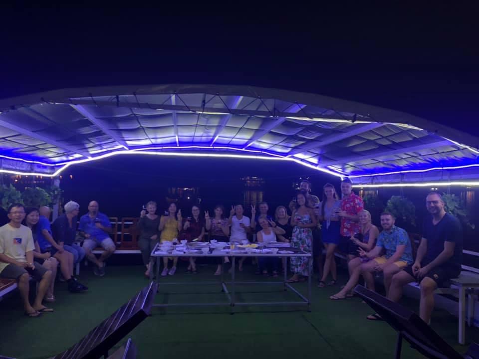 Cozy Vietnam Travel - Tour du lịch hạ long giá rẻ 2020 -118