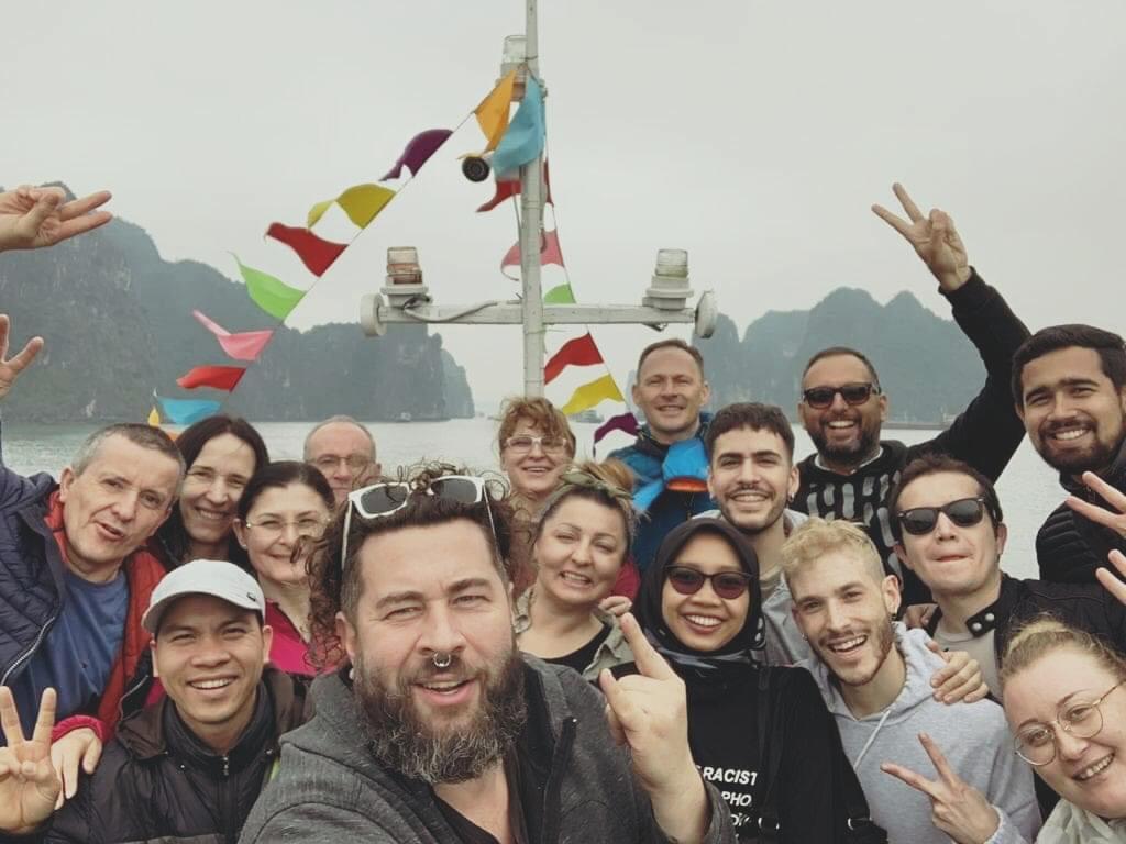 Cozy Vietnam Travel - Tour du lịch hạ long giá rẻ 2020 -128