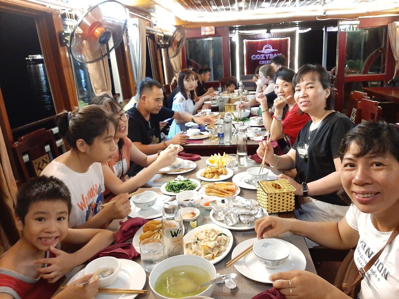 Cozy Vietnam Travel - Tour du lịch hạ long giá rẻ 2020 -133